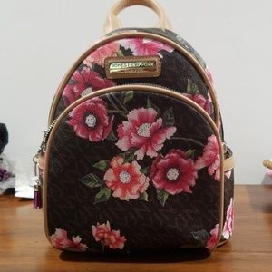 Jones New York Signature mini backpack